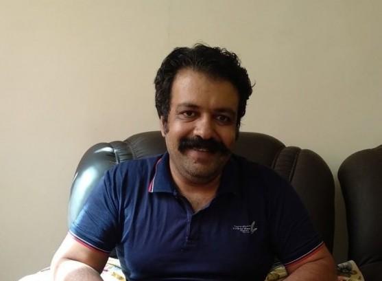 ۴ سال زندان ، کار اجباری و محرومیت سیاسی محقق و مترجم محمد خانی