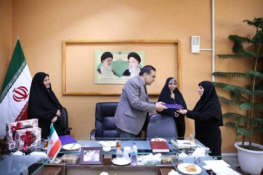 انتخاب ۳ زن به عنوان رئیس و اعضای هیات رئیسه شورای