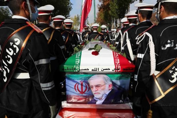 ایران از اینترپل می خواهد ۴ مظنونی را که در ترور فخری زاده نقش داشته اند دستگیر کند