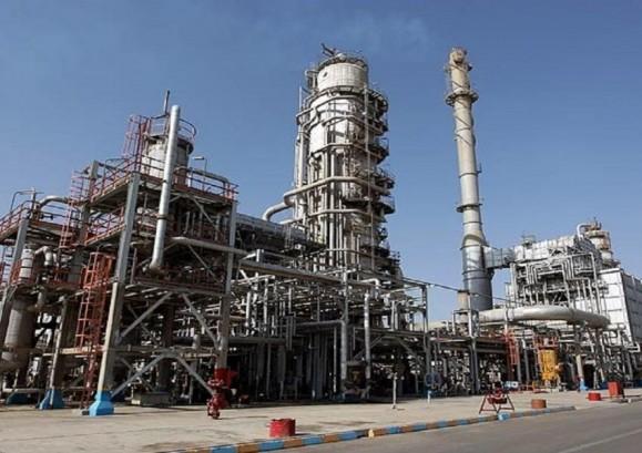 درآمد نفتی ایران در ۹ ماه نخست سال ۱۳۹۹ فقط به ۱۱ میلیارد دلار کاهش یافت