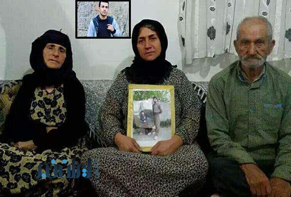 پدر و مادر رامین حسین